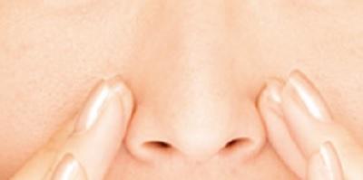 小鼻テカリ 解消法